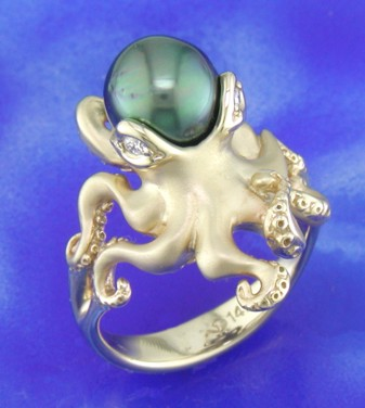 yellow gold octopus ring