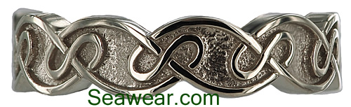 Celtic eternal knot wedding band