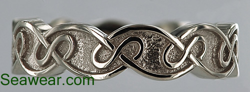 6mm Celtic eternal knot wedding band