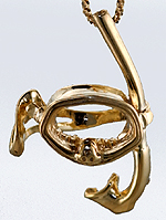 14kt gold mask and snorkle charm pendant
