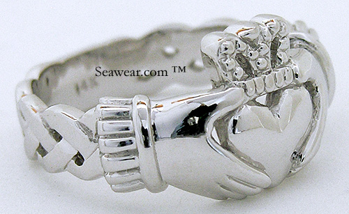 gents Claddagh ring with open Celtic knots