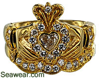 18kt Claddagh diamond wedding set