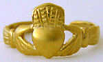 14ct gold Claddagh toe ring