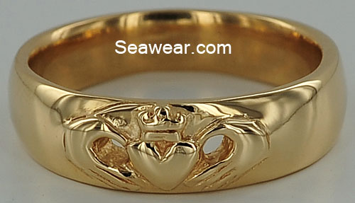 Claddagh Wedding Band
