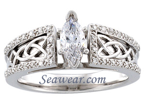Celtic knot wedding ring set