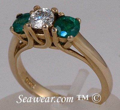 14kt yellow gold three stone Celtic Past Present Future ring
