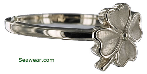white gold four leaf clover shamrock ring