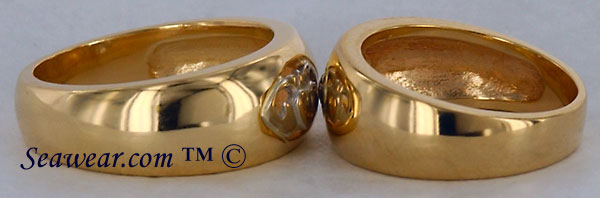 side view of Claddagh wedding bands