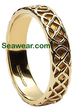 gold Celtic love knot band