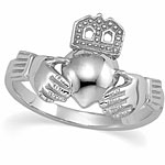 ladies white gold claddagh wedding band