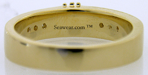 mans gold Claddagh wedding ring with smooth back for sizing