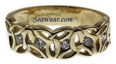 trinity knot emerald diamond wedding band