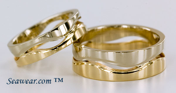 14kt Following Seas wedding band set