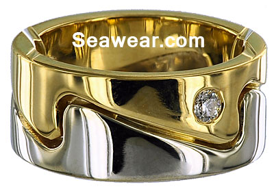 yellow and white gold wave ring with diamond